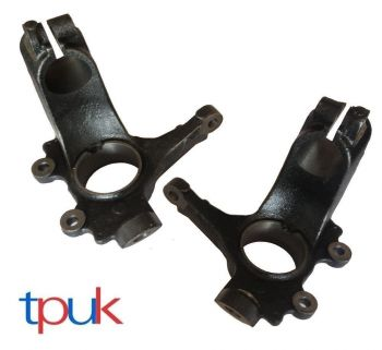 BRAND NEW FORD FOCUS FRONT PAIR OF HUB KNUCKLES 2003 TO 2008 ON MODELS 1420863